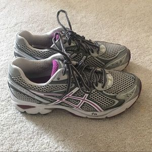 ASICS GT 2160 walking shoes 7.5